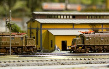 Pinerate_N-scale_Layout-with_E428-E626